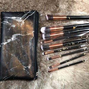 Other - Brand new Makeup brushes in pouch